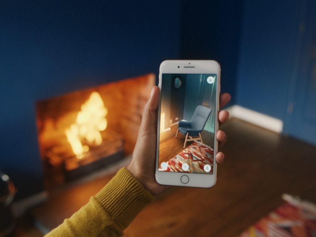 Met de nieuwe IKEA app plaats je meubelen in je eigen huis